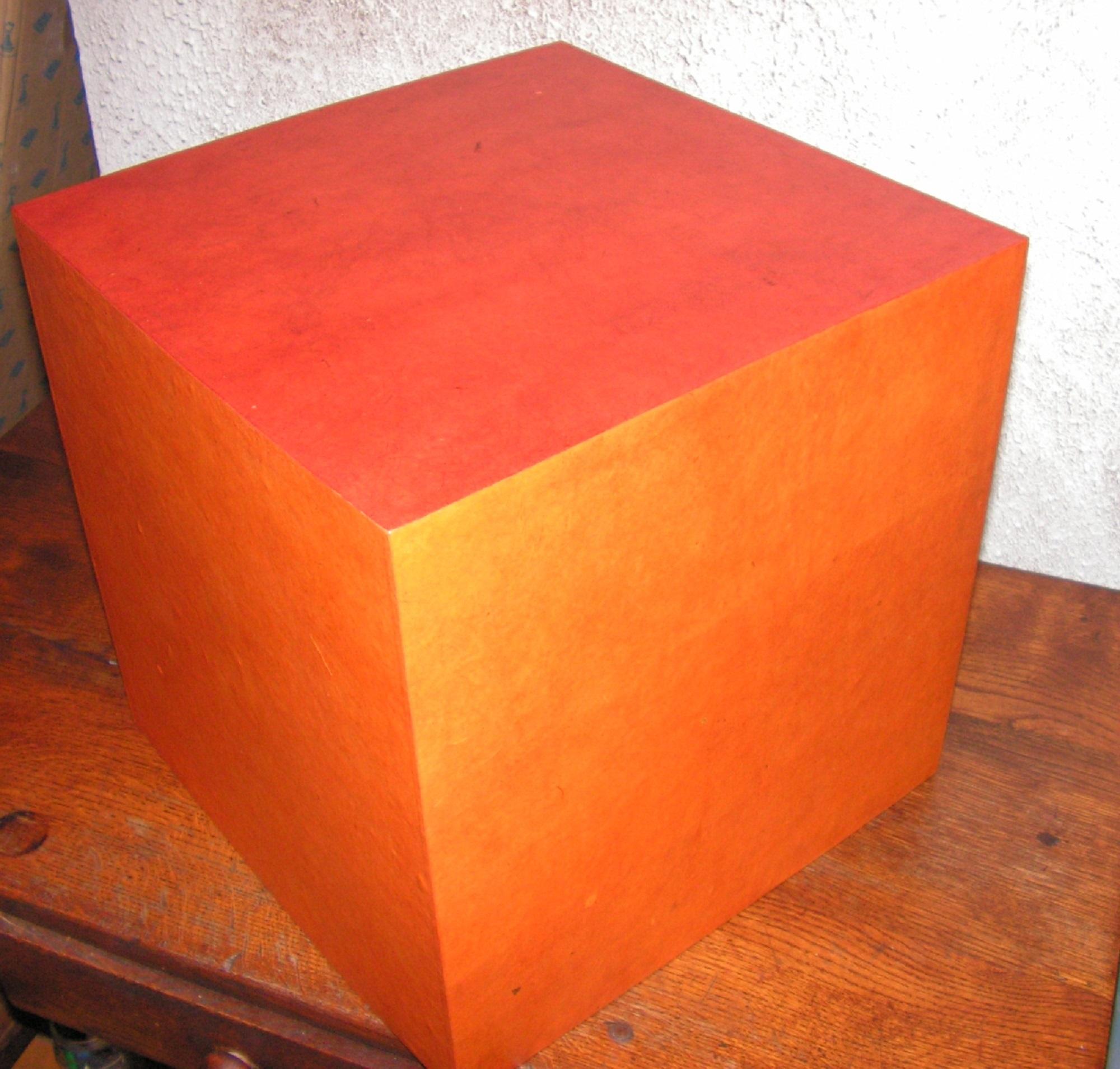 poufs en carton 2014 cartons patte d 39 f. Black Bedroom Furniture Sets. Home Design Ideas