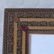 Miroir en dentelle de carton carré et carton ondulé marron