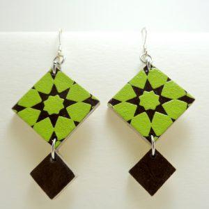 Boucles d'oreille vert étoile-marron