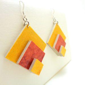 Boucle d'oreille losange en carton jaune/pêche foncé